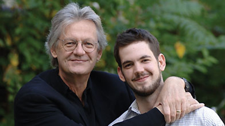 David Gilmour son fils Jesse (Thomas Allen Publishers)