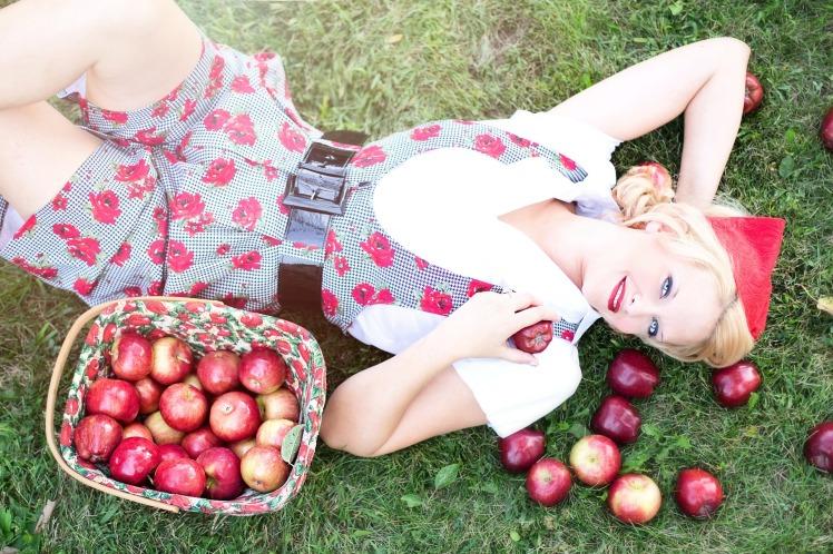 Anne dans les pommes