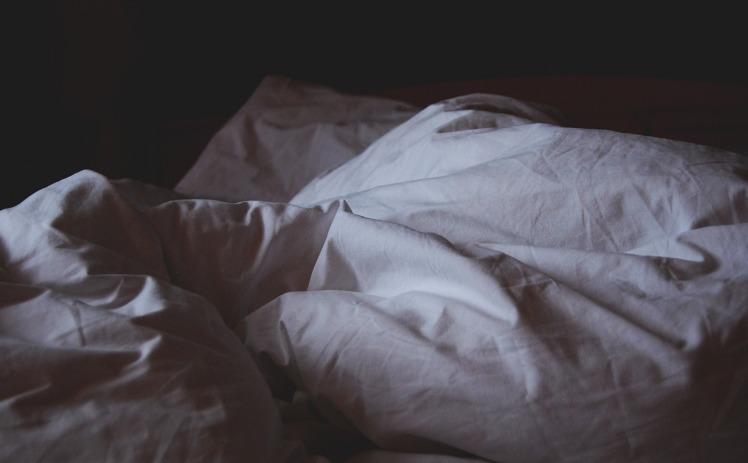 Hors du lit