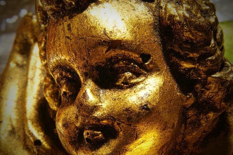 Un ange en or